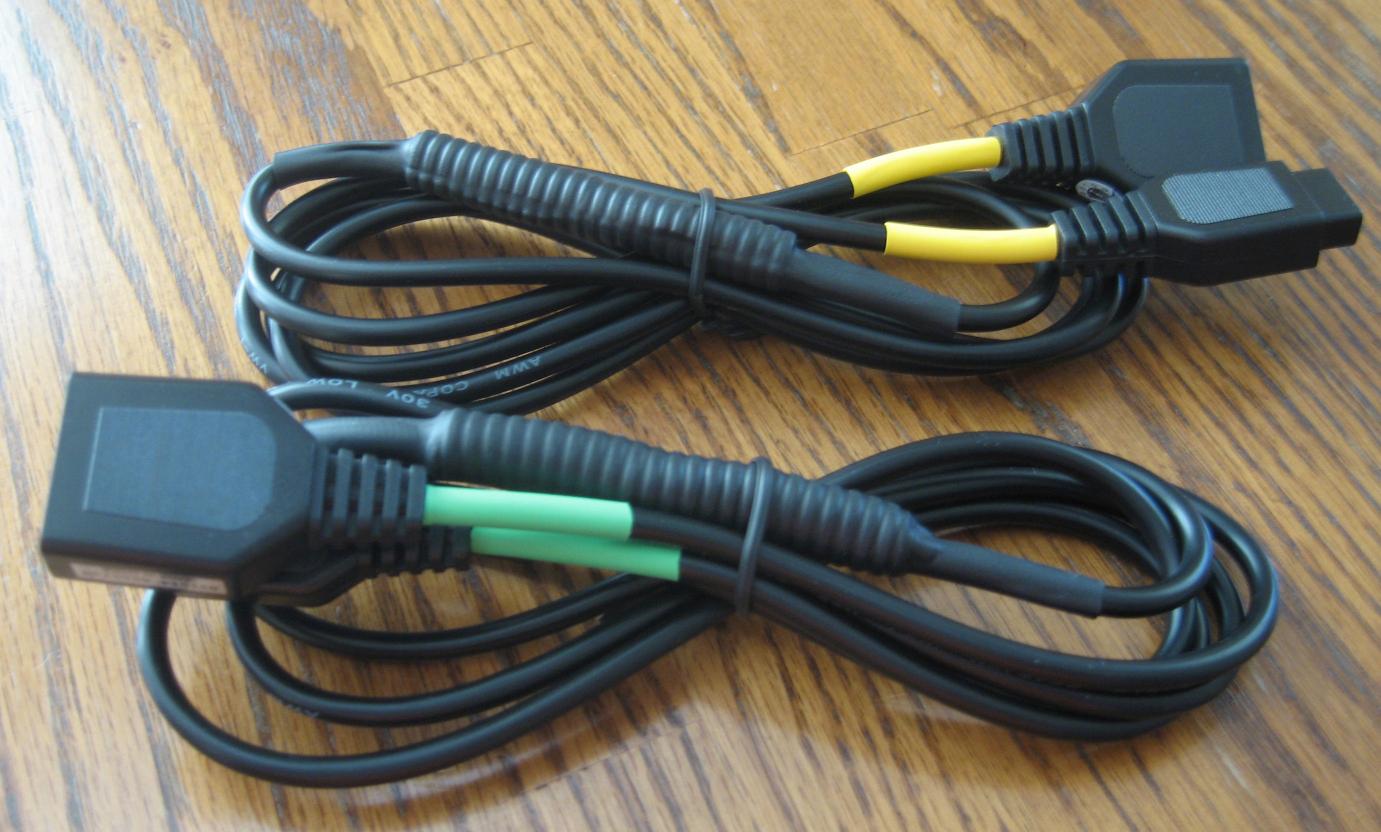 Inty2_adapters_03R.jpg